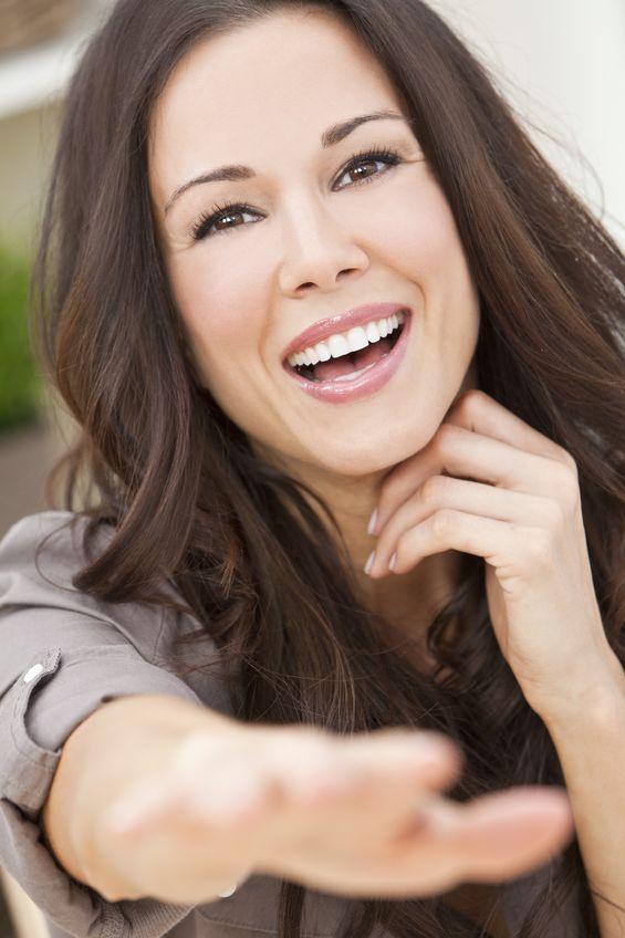 woman smiling teeth